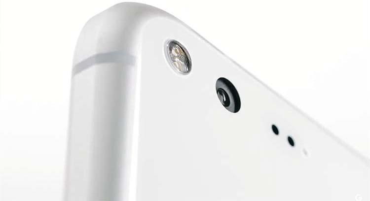 Google Pixel and Pixel XL Back Camera